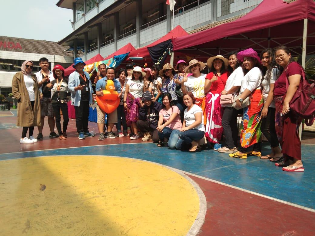 SDS Ananda, Pembagian raport, Kostum santai