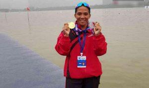 Atlet dayung kota bekasi, Nur Meni atlet dayung kota bekasi menyabet medali emas dan perunggu
