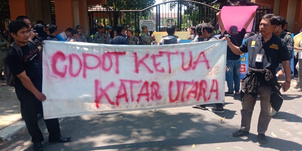 jurnalis bekasi bersatu, unjuk rasa jurnalis bekasi bersatu