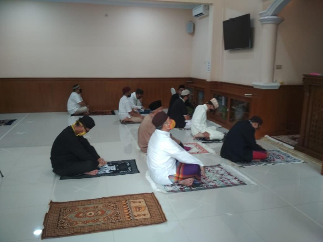 Wali Kota Bekasi, Shalat berjamaah, Rahmat Effendi Shalat berjamaah di Mesjid Al Kautsar