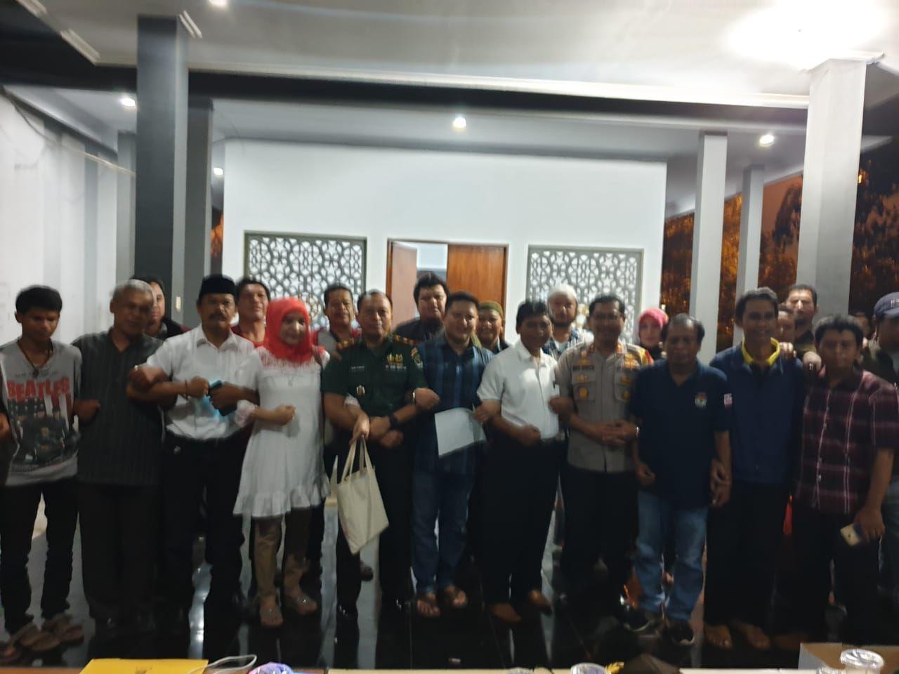 Pleno KPU di Medan Satria Aman, Prabowo Ungguli Jokowi