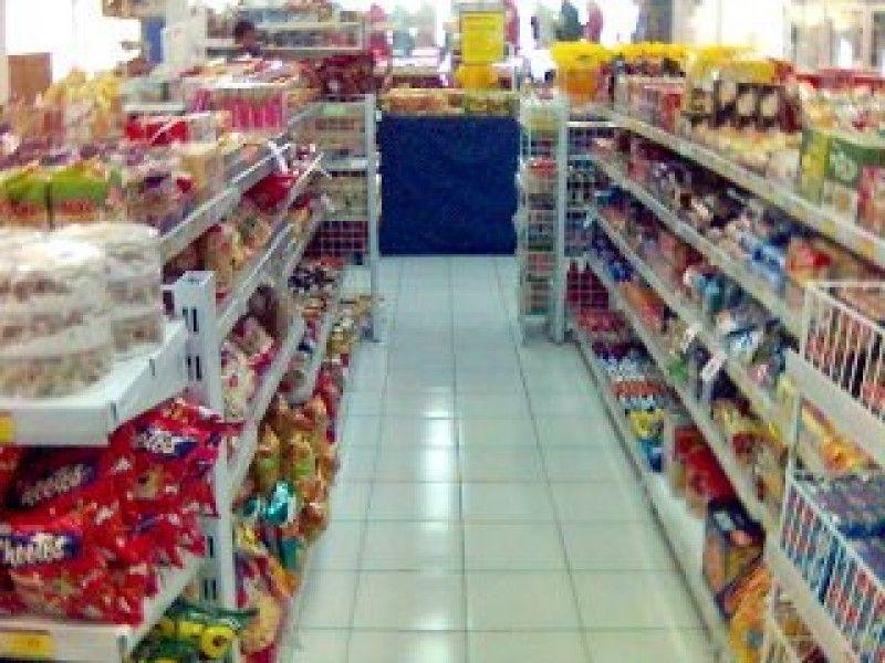 Banyak Beredar Izin Produk Olahan Makanan Salah di Retail Modern